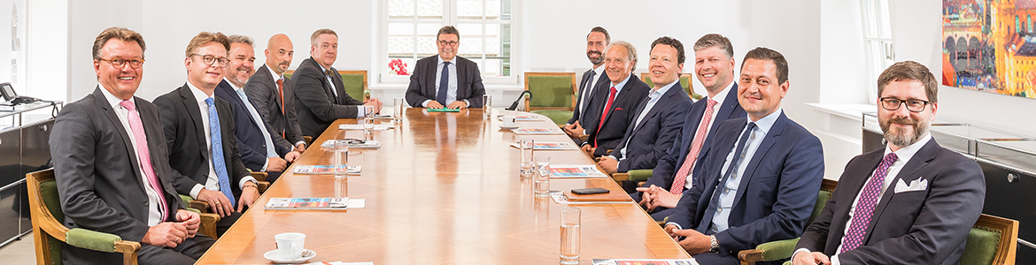 €uro am Sonntag Roundtable